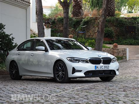 Real Life Photos of the new 2019 BMW 3 Series