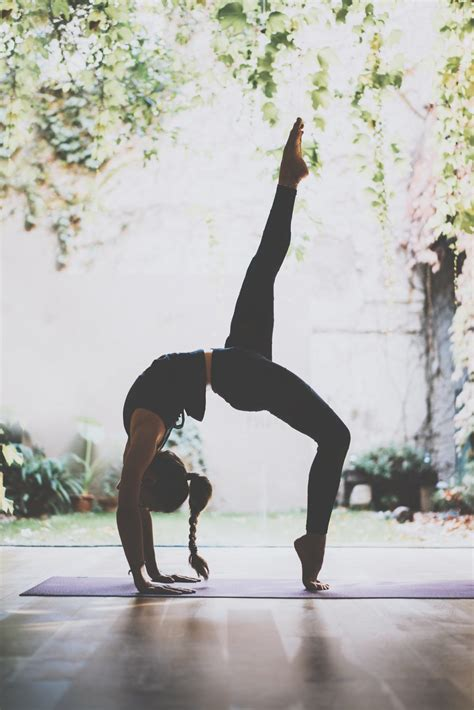Yoga for the New Year: Cultivating a Free Yoga Practice at