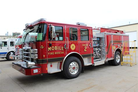3 Pierce Enforcer Pumpers to Mobile Fire & Rescue
