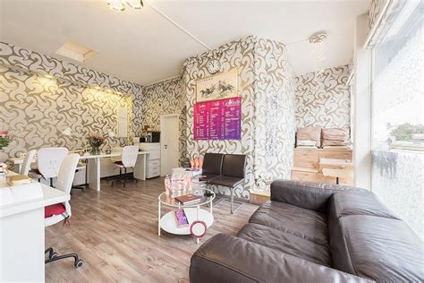 Cats Studio Nails & Lashes | Nagelstudio in Rahlstedt